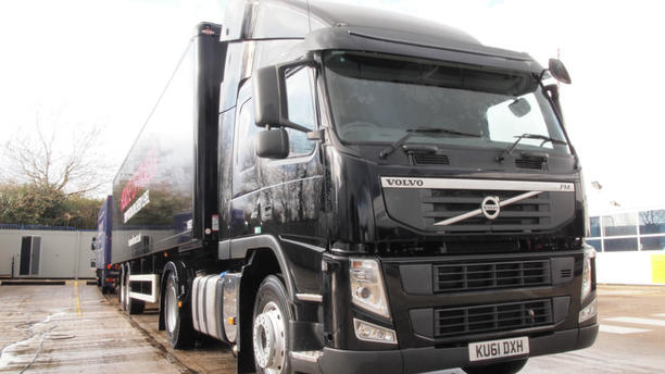 lorry clean